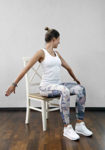 Übung gegen Nackenverspannung
