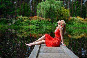 Relax, Yoga, Gesundheitstraining, Übungen am Arbeitsplatz, richtig Etspannen, Nackenschmerzen, Rücken Gesundheit