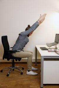 Bewegte Pause bei Rückenschmerzen